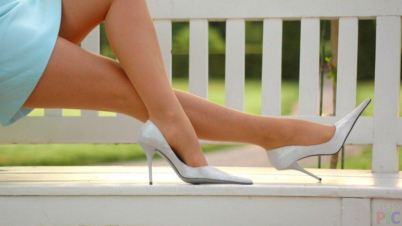 Красивые девушки в туфельках — 15