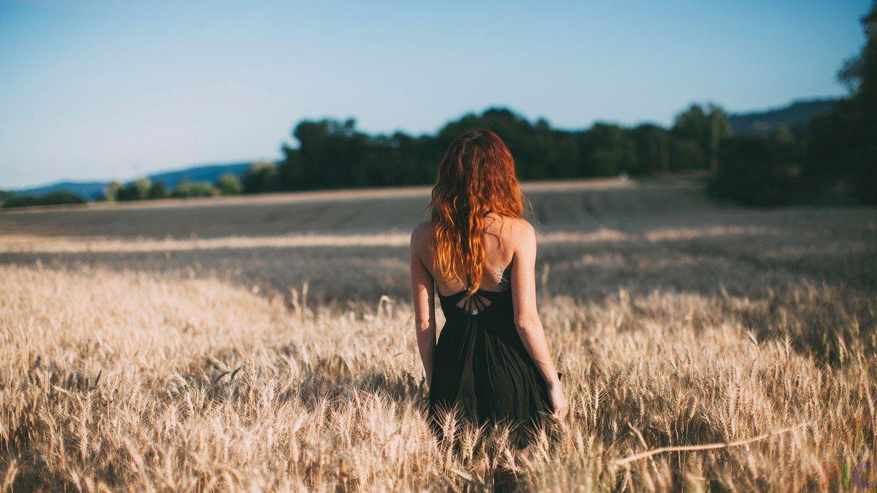 Голые девушки с рыжими волосами сзади — img 6