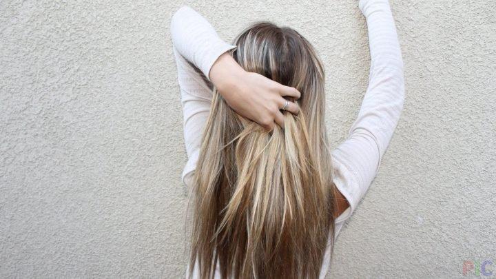 Картинки девушек брюнеток со спины актуально