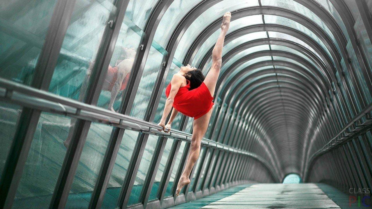 Фото гимнастка фото на улице, смотреть вагину женщины изнутри