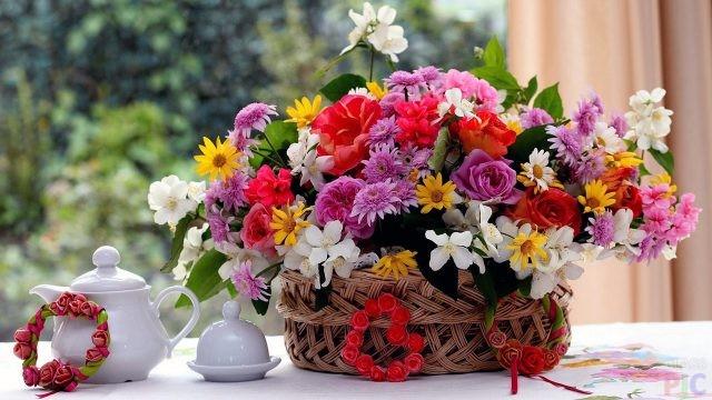 Букеты цветов дома (50 фото)