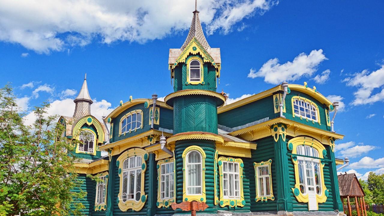 Красивые деревянные дома (92 фото)