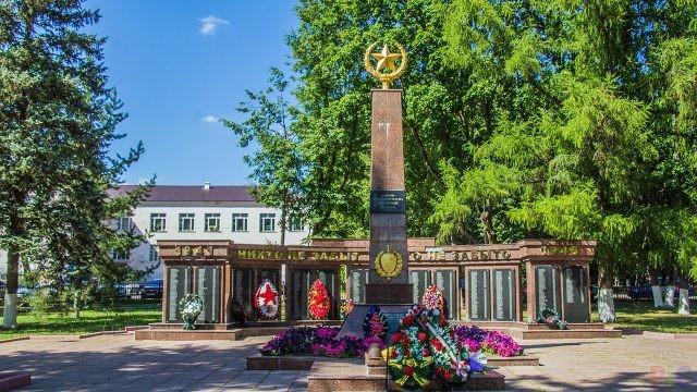 Памятники погибшим (62 фото)