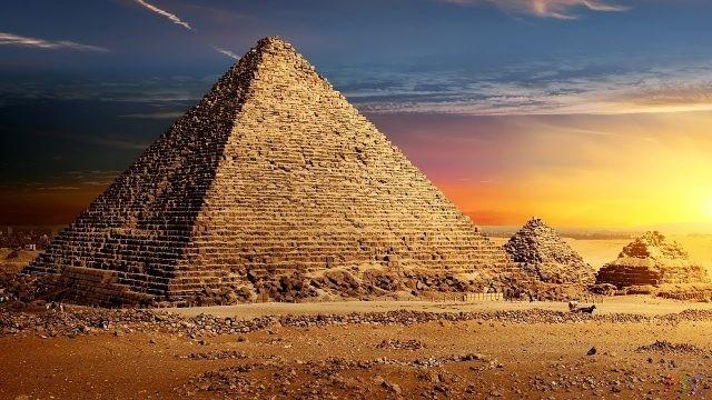 Египетские пирамиды (24 фото)
