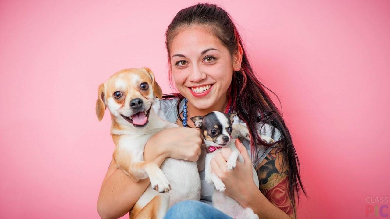 Девушки с собаками (28 фото)
