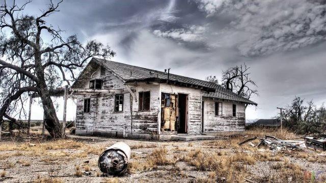 Заброшенные дома (37 фото)