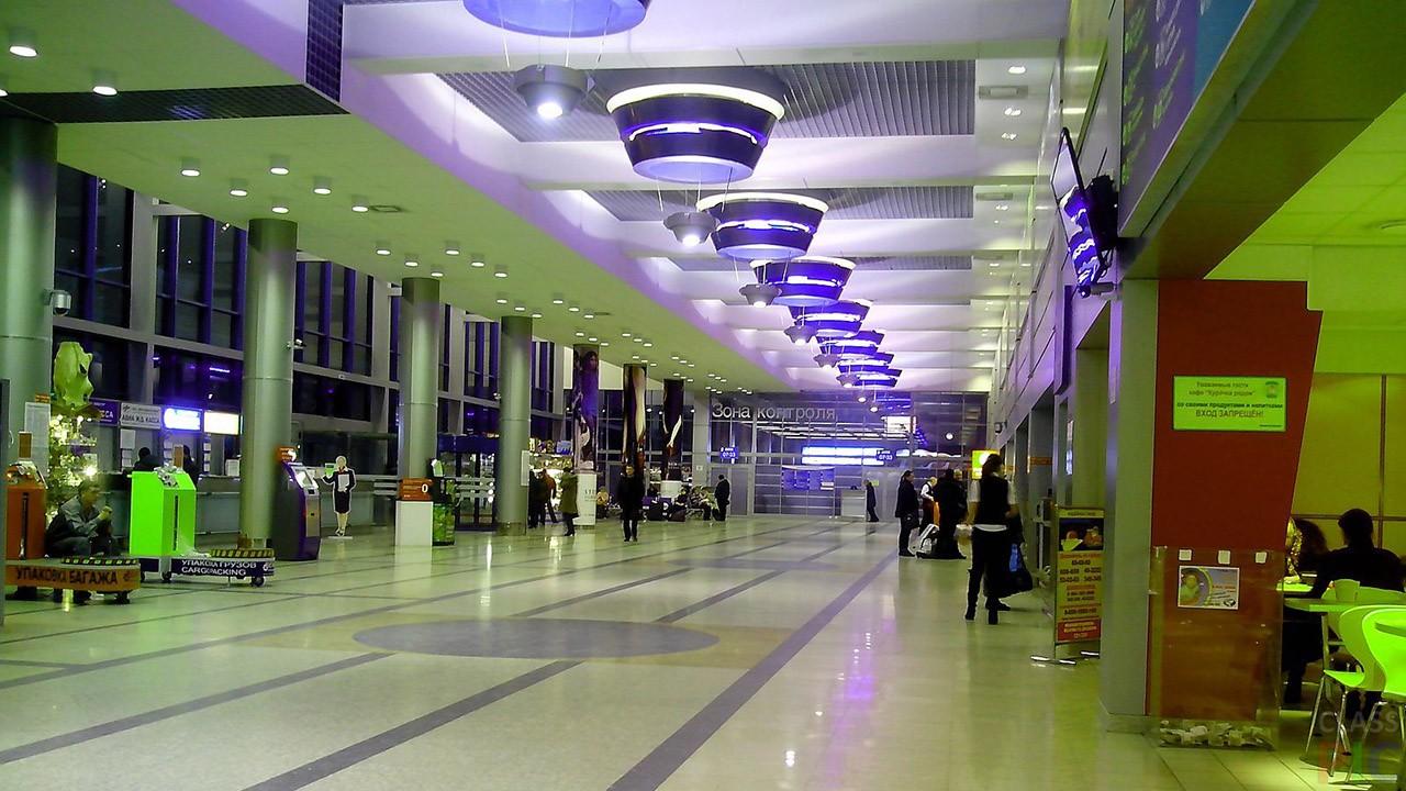 Аэропорт внутри (39 фото)