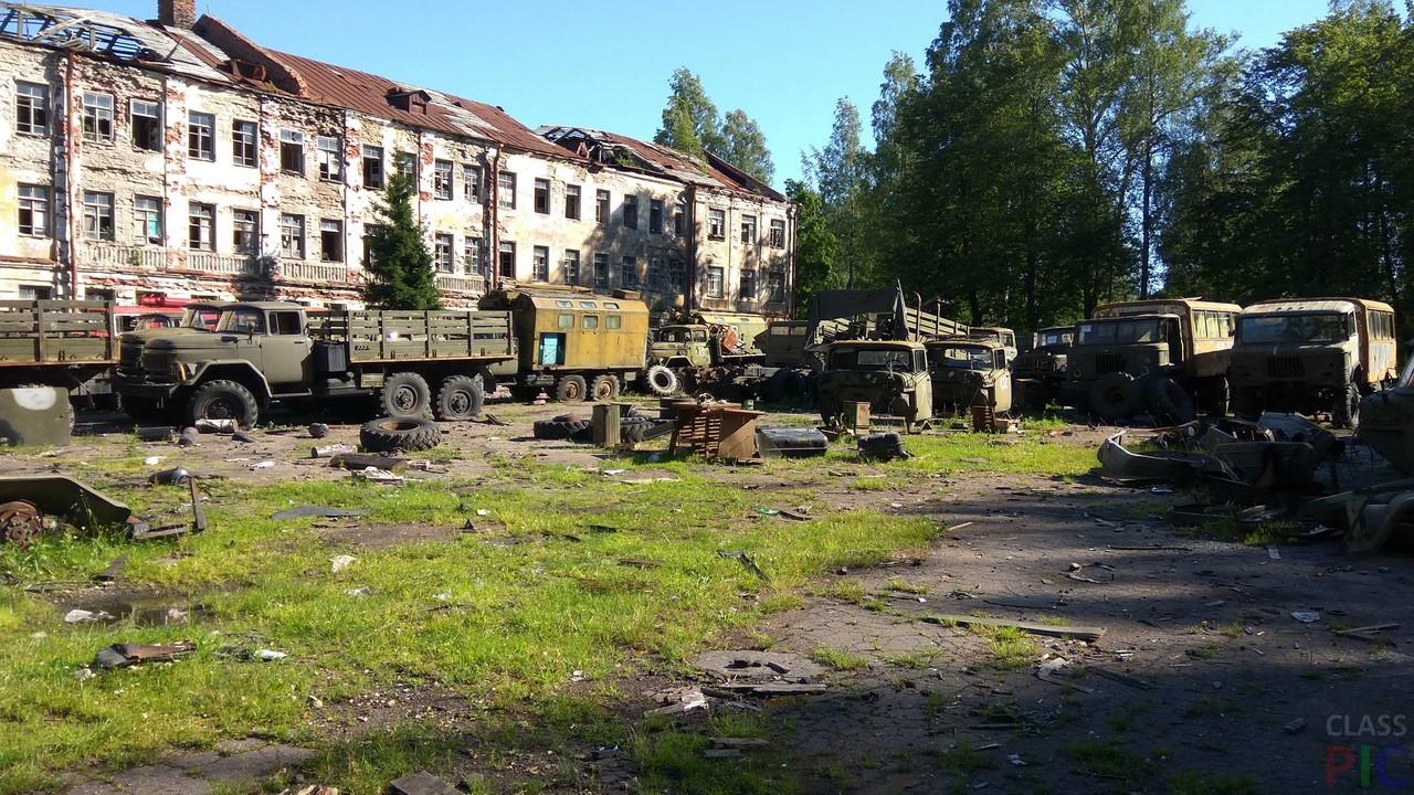 Заброшенный военный городок (36 фото)